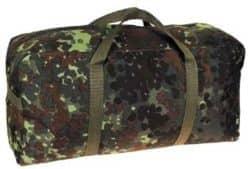 BW Sporttasche, klein, flecktarn, Gr. 47x23x15 cm