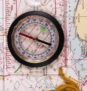 Karten-Kompass, Plastikgeh., Lupe, Messeinrichtung